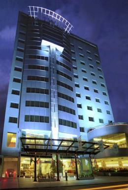 ‪Plaza Real Suites Hotel‬