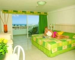 Isla Caribe Beach Hotel