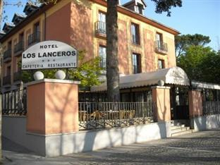 Photo of Los Lanceros Hotel San Lorenzo de El Escorial