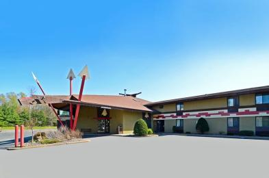 Photo of Best Western Arrowhead Lodge & Suites Black River Falls