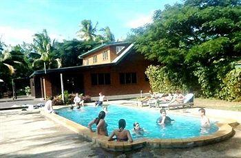 Surf & Dive Rendezvous Backpacker's Resort
