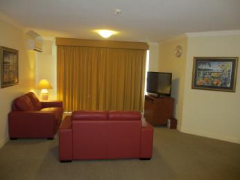 Springwood Tower Apartment Hotel