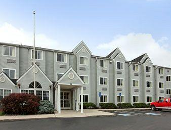 ‪Microtel Inn by Wyndham Knoxville‬