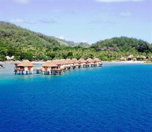Likuliku Lagoon Resort