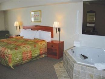 AmericInn Lodge & Suites Greenville