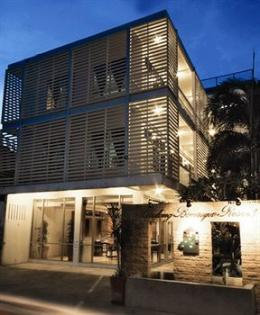 Photo of Moeleng Boutique Residence (S2S Boutique) Bangkok