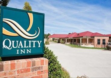 Photo of Quality Inn Ambassador International Orange