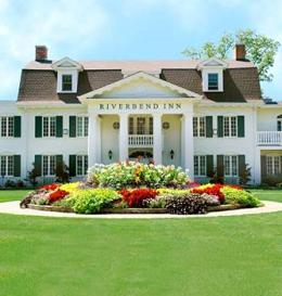 Riverbend Inn and Vineyard