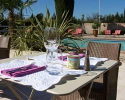 Photo of Les Aubuns Country Hotel Caissargues