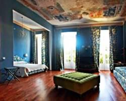 Bellezza Suites Luxury Rooms