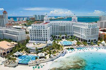 Photo of Riu Palace Las Americas Cancun