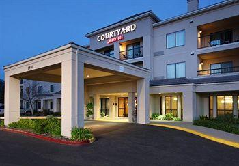 Photo of Courtyard by Marriott Roseville