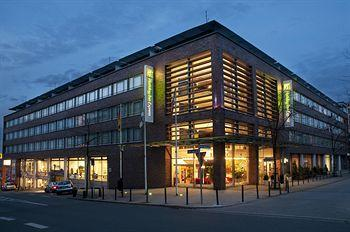 Photo of Holiday Inn Express Essen - City Centre