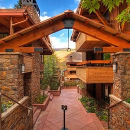 Aspen Club Condominiums