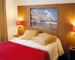 Residhome Appart Hotel Paris-Guyancourt