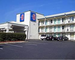 ‪Motel 6 Raleigh Southwest - Cary‬