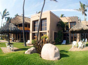 Villas El Rancho Green Resort