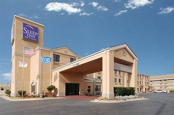 Sleep Inn & Suites Central/I-44