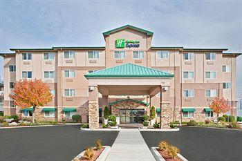 Photo of Holiday Inn Express Medford