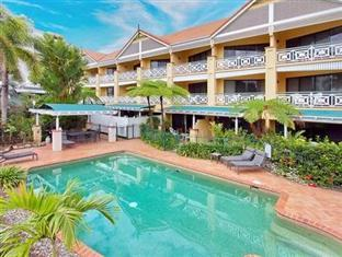 Photo of Waterfront Terraces Cairns