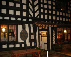 Photo of Tudor House Inn Warwick