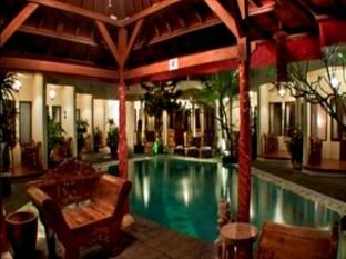 Photo of Hotel The Flora Kuta Bali