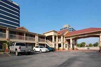 Photo of BEST WESTERN Cityplace Inn Dallas