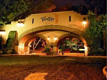 Photo of Hotel El Tapatio & Resort Tlaquepaque
