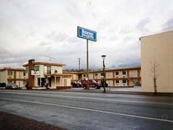 Photo of Rodeway Inn & Suites Omak