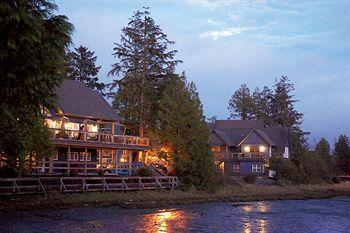 Waters Edge Resort at Pacific Rim
