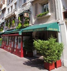 Photo of Hotel Le Vert Galant Paris