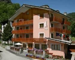 Photo of Hotel Dama Bianca Valtournenche