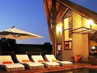 ‪Pilanesberg Private Lodge‬