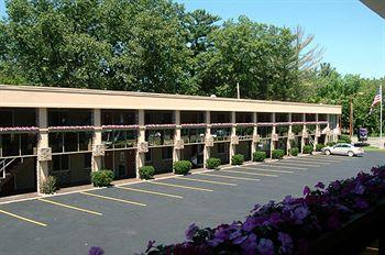 Knights Inn Traverse City