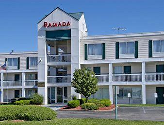 Photo of Ramada Inn St. Louis Airport/Hazelwood