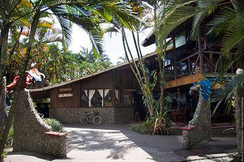 La Perla Negra Beach Resort