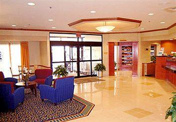 ‪SpringHill Suites Newark Liberty International Airport‬