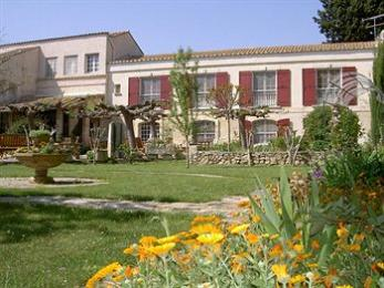 Photo of Auberge du Mas de la Feniere Arles