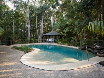 Amore on Buderim - Luxury Rainforest Cabins