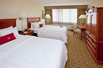 Photo of Crowne Plaza Hotel Cincinnati North