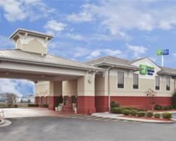 ‪Holiday Inn Express Calhoun‬