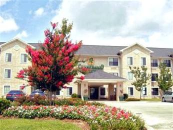 Crestwood Suites Fort Myers