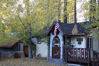 Photo of Castle Wood Theme Cottages Big Bear Lake