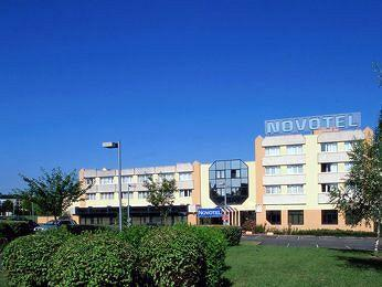 Novotel Orleans Charbonniere