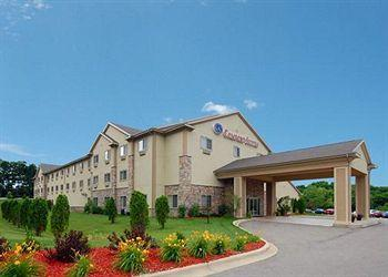 ‪Comfort Suites Lake Geneva‬