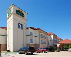 Photo of La Quinta Inn & Suites Palestine