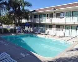 Motel 6 Bakersfield Airport