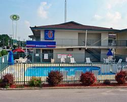 Photo of Motel 6 Iowa City Coralville