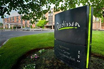 ‪Radisson Hotel and Suites Chelmsford / Lowell‬