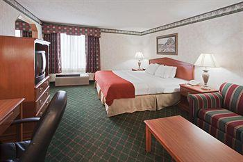 Holiday Inn Express Indianapolis-Brownsburg (I-74 W)
